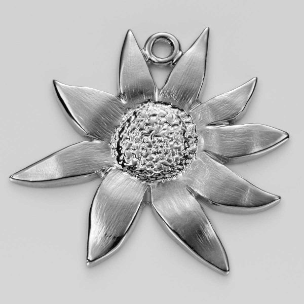 Flannel Flower Charm in Silver 3